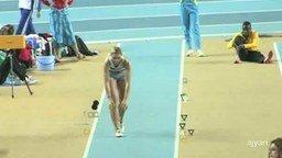 Оператор снял спортсменку смотреть видео прикол - 1:19