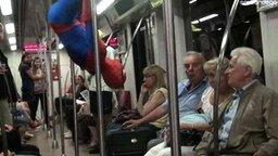 Польский человек-паук смотреть видео прикол - 2:21