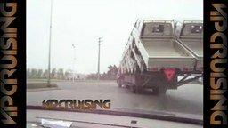 Компактная перевозка грузовиков смотреть видео прикол - 0:30