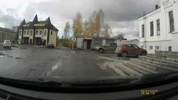 Смотреть Лошадь против машины