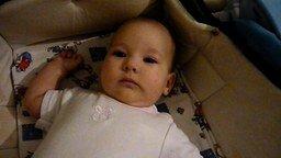 Реакция малыша на выключенный свет смотреть видео прикол - 0:25