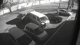 Смотреть Двойной провал на парковке