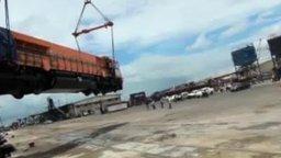 Был локомотив новенький... смотреть видео прикол - 1:05