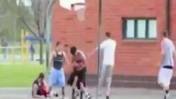 Баскетбольные казусы смотреть видео прикол - 2:08