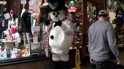 Розыгрыш со снеговиком-манекеном смотреть видео прикол - 1:42