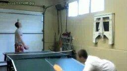 Смотреть Поиграли в настольный теннис