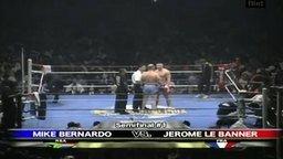 Смотреть Странное приветстви боксёров