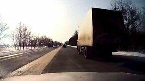 Водитель катапультировался смотреть видео прикол - 0:21