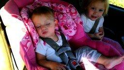 Разбудили малыша тишиной смотреть видео прикол - 0:28