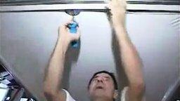 Опыты с натяжным потолком смотреть видео - 3:02
