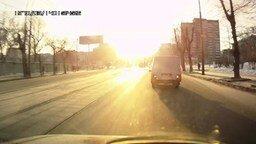 Смотреть Полёт метеорита над Екатеринбургом