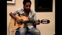 Смотреть Мелодичная гитара