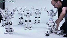 Смотреть Умные роботы, как живые