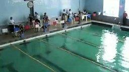 Смотреть Фальстарт у пловчих