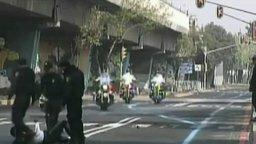 Полицейский нарвался на полицейского смотреть видео прикол - 0:46