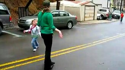 Девушка перетанцевала смотреть видео прикол - 0:24
