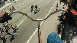 Смотреть Супервысокий велосипед