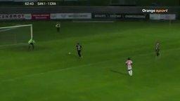 Вратарь растерялся смотреть видео прикол - 0:23
