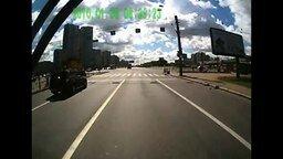 Боевая Наташа за рулём автобуса смотреть видео - 2:28