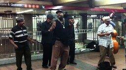 Смотреть Шикарное выступление в метро