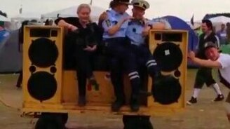 Смотреть Милиция в Дании
