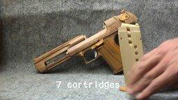 Смотреть Пистолет из дерева