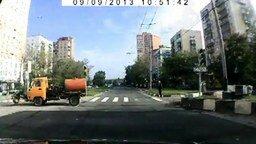 Водитель-молодец смотреть видео прикол - 0:39