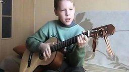 Смотреть Владимир Высоцкий в исполнении 10-летнего мальчика