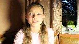 Смотреть Чистый голос молодой девушки