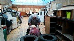 Смотреть Дикуль поднял камень 160 кг в 75 лет  Cнимает видео Пискунов Вячеслав