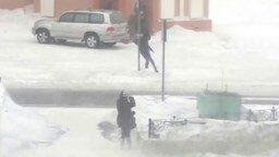 Жутко сильный ветер в Норильске