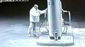 Стакан бензина, пожалуйста смотреть видео прикол - 0:49