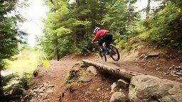 Смотреть Сверхскоростная горная велотрасса
