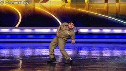 Смотреть 8-летний индийский талант