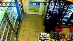 Монашка ворует в магазине