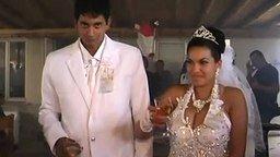 Смотреть Суровая румынская свадьба