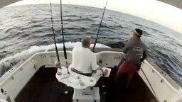 У рыбаков паника смотреть видео прикол - 0:50