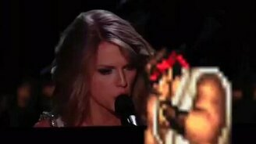 Смотреть Неадекватная певица на сцене