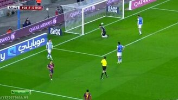 Вратарь забил себе гол смотреть видео - 1:03