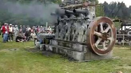 Огромный двигатель из прошлого смотреть видео - 7:33