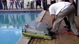 Проверка работы спасательного плота смотреть видео прикол - 0:27