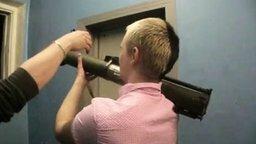 Смотреть Пальнул из гранатомёта