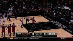 Дрогнула рука у баскетболиста смотреть видео прикол - 0:55