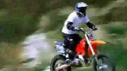 Самая быстрая погрузка мотоцикла смотреть видео прикол - 0:07
