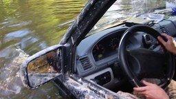Смотреть Почти утопили УАЗ Патриот