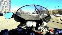 Хороший урок всем мотоциклистам смотреть видео прикол - 1:36