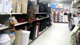 Сальто в супермаркете смотреть видео прикол - 0:16
