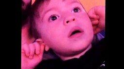 Детская реакция на салют смотреть видео прикол - 0:15