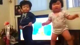 Корейский детский танец смотреть видео прикол - 0:52