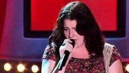 Пронзительный женский вокал смотреть видео - 1:51